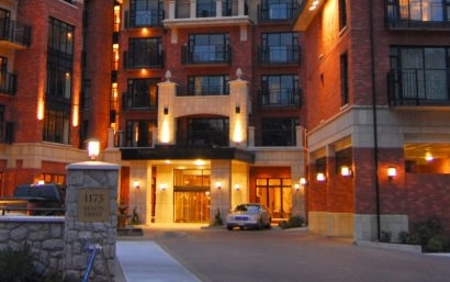 hotel port cochere